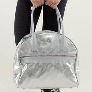 lululemon - LIMITED EDITION silver duffle bag